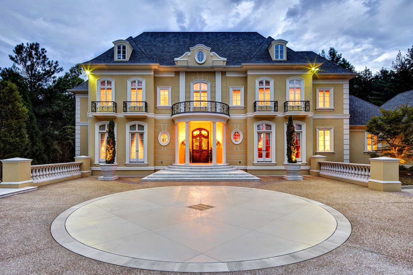 What does Cinderella,March Madness and the 2015 Atlanta Decorator Showhouse and Gardens have in Common? - Part 1