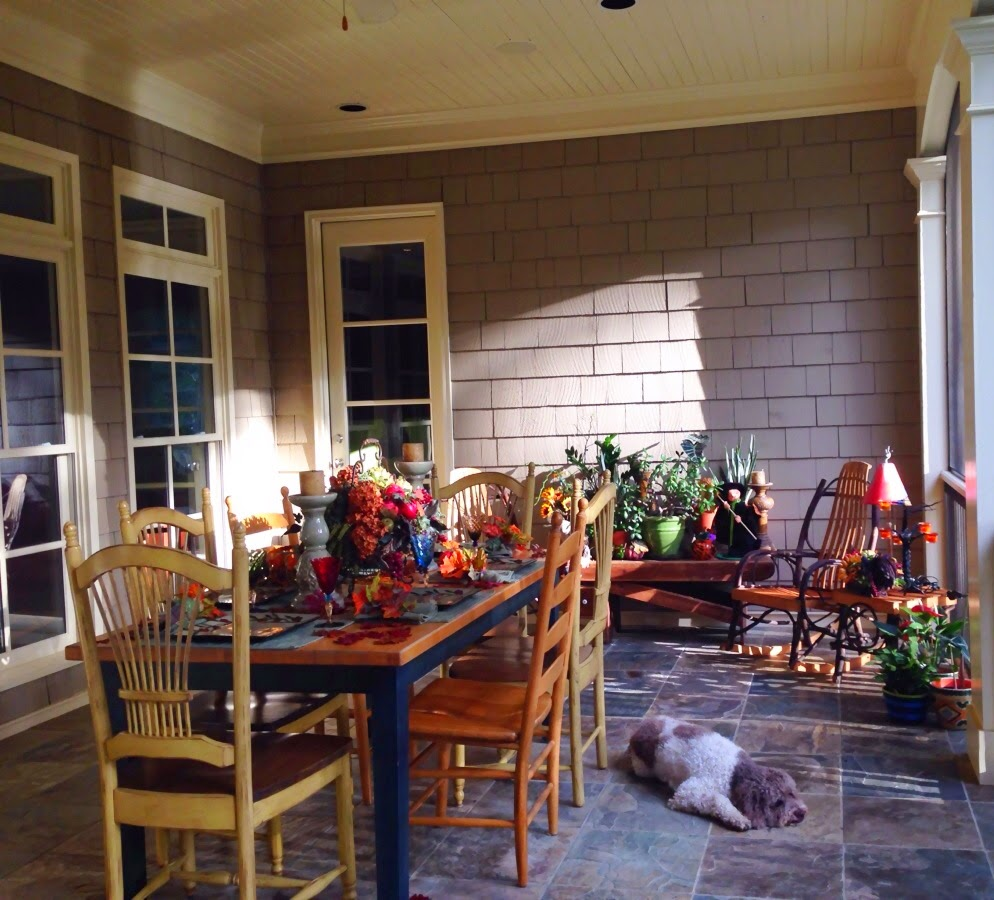 kitchen-table-set-for-fall-on-the-porch