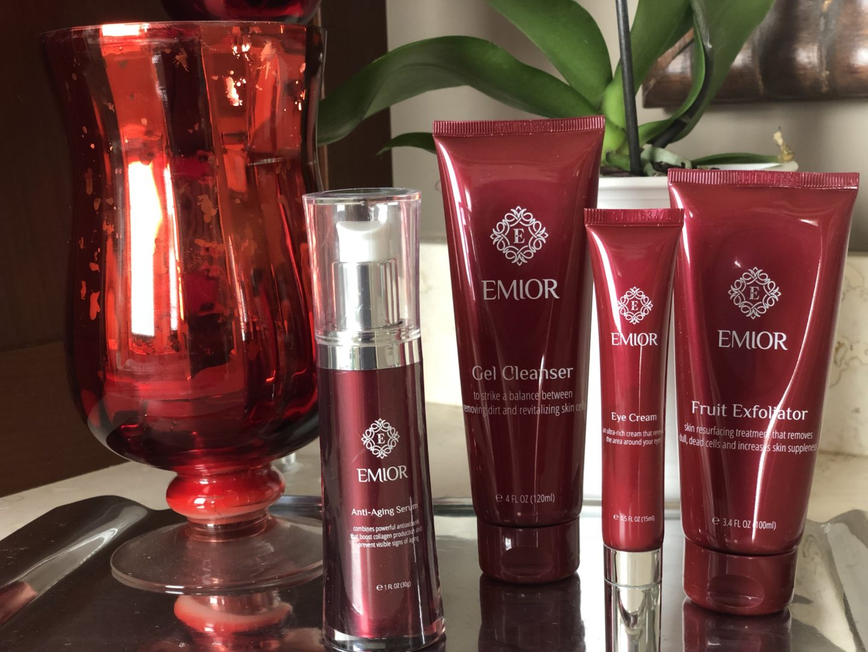 Skin Care Review: Emior- Hello I'm 50ish